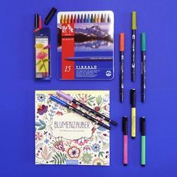 Filzstifte, Zeichnungspapier und Ausmalbücher